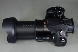 DMC-FZ1000 レンズ望遠側